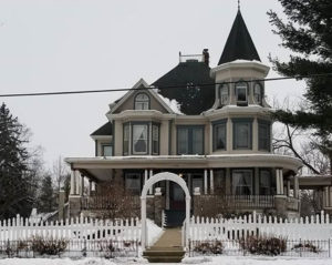 All Things Groundhog Day   Cherry Tree Inn   The Groundhog Day House   IL