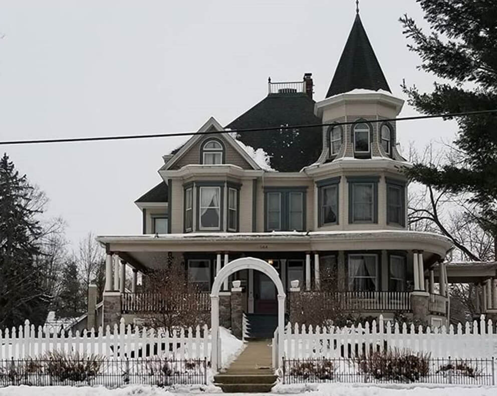 All Things Groundhog Day | Cherry Tree Inn | The Groundhog Day House | IL