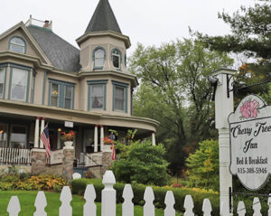 Escape To A Slower Pace   Cherry Tree Inn B&B, Woodstock, IL
