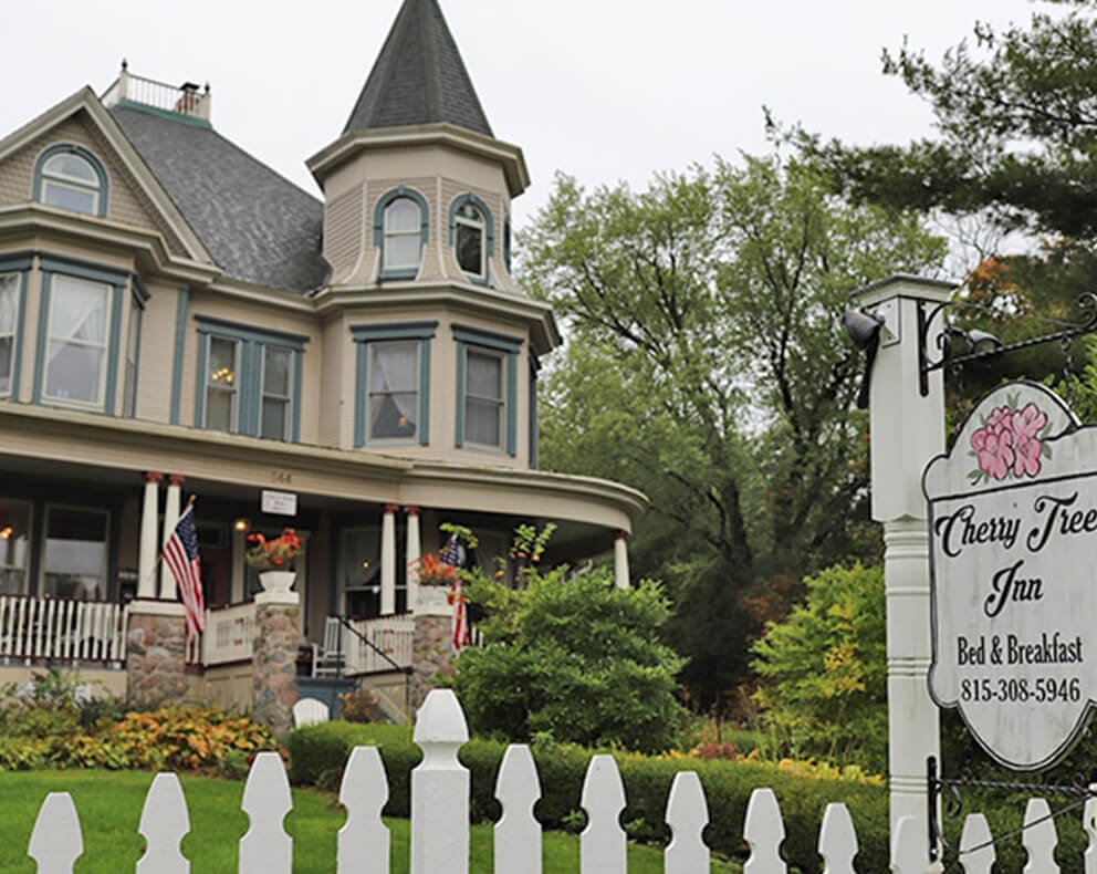 Escape To A Slower Pace | Cherry Tree Inn B&B, Woodstock, IL