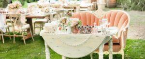 Garden Wedding Table   Cherry Tree Inn Bed and Breakfast   Woodstock, IL
