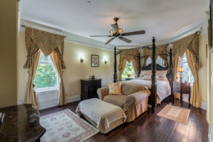 The Black Walnut Suite Bedroom   Cherry Tree Inn   The Groundhog Day House   IL