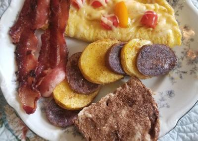 Breakfast | Cherry Tree Inn Bed and Breakfast | Woodstock, IL