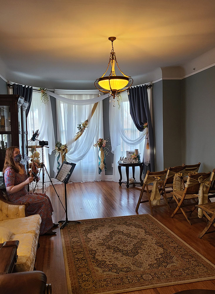 Entertainment Room | Cherry Tree Inn | The Groundhog Day House | IL