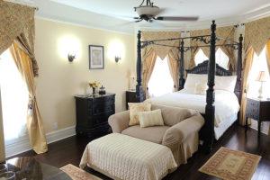 The Black Walnut Suite Bedroom   Cherry Tree Inn B&B, Woodstock, IL