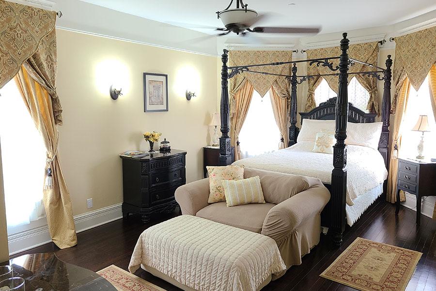 The Black Walnut Suite Bedroom | Cherry Tree Inn B&B, Woodstock, IL